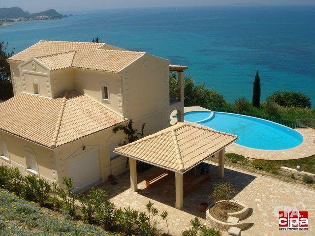 Купить шикарную виллу в греции на берегу моря